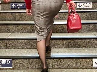 Pantyhose heels