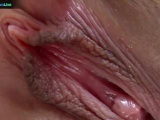Amy Reid knows loves masturbating