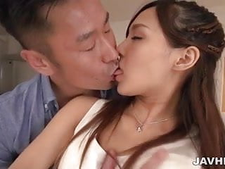 Pretty babe Yukina Momota enjoying a passionate sex