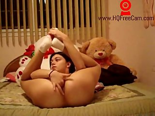 HQFreeCam- Teen gives masturbation lesson