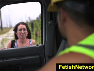 HelplessTeens Evelyn her pussy for ride