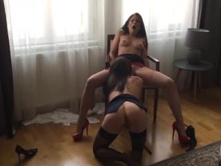 Henessy bring little caprice to cum