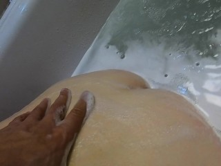 Help me Rubbing My Back Ass and Wet Ginger Teen Pussy in Foamy Bath at Home