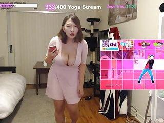 japan boobs2