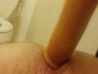19 yr old with small cock takes big didlo