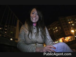 PublicAgent – Fan of PublicAgent met her idol