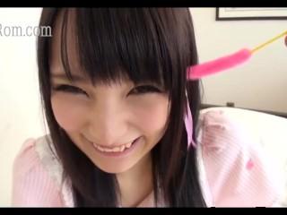 japanese teen girlfriend blowjob