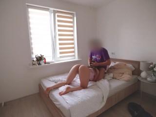 I filmed myself fucking my stepmom on camera and cumming on her ass