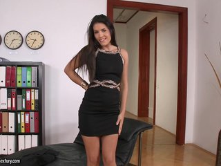 Brunette Brandy Smile Satisfies Herself