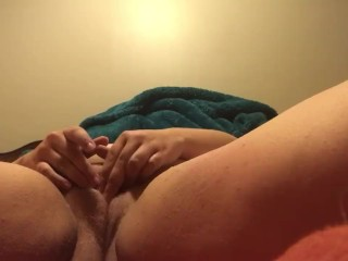 BBW BLONDE PLAYS WITH HER PUSSY TIL SHE CUMS