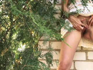 HORNY TEEN CAUGHT MASTURBATING IN PUBLIC – RUINED ORGASM 4K