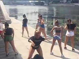 Amazing twerk with my sexy girls