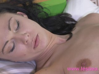 Lesbea Amateur has pussy eaten for first time