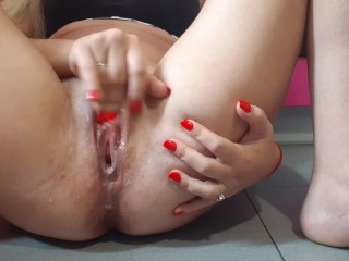 Very fast orgasm. In 1 min big cum