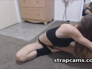 Athletic Flexible Teen Webcam Teasing