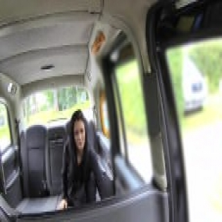FakeTaxi Exotic dancer works her magic for free ride