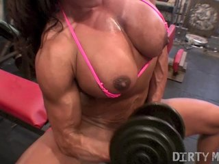 Rica 01 – Female Bodybuilder