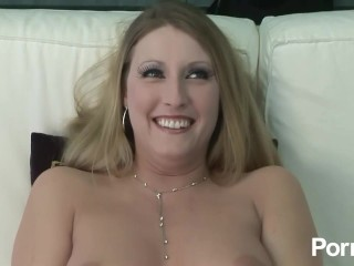 hot blonde pussy