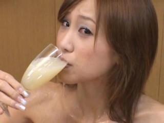 DRINKERS SEMEN : Moe Kimishima