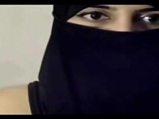 Arabian Masturbation Cam