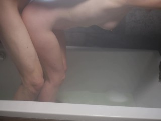 I love bath fucking with orgasms. You to honey? (Free