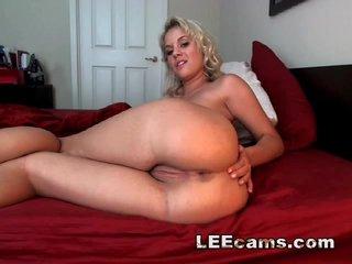 Big-butt blonde masturbating
