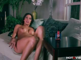 Latina Slut Masturbates