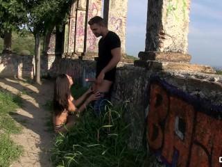 CHICAS LOCA – Latina Mexican teen Frida Sante loves a kinky outdoor fuck