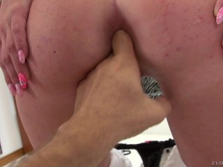 Jessica R In Her First Porn Shoot