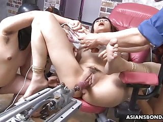 Shiori Natsumi was caught by surprise and forced to cum
