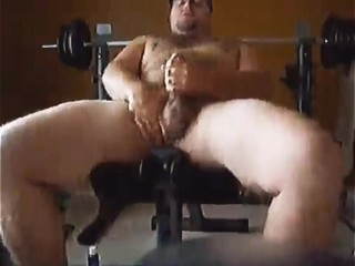 Beefcake Taking a Break From Lifting to Cum for You