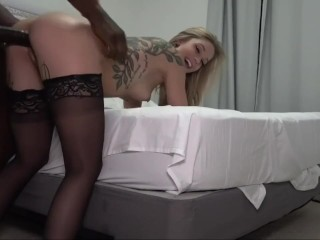 SEXY PRETTY BLONDE TEEN HOT FUCK WITH BBC ON BED