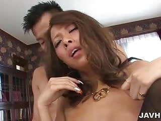 Gorgeous babe Ema Kisaki in the brutal threesome banging