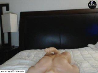 Hot Girl AdorableJessy fucks good on webcam