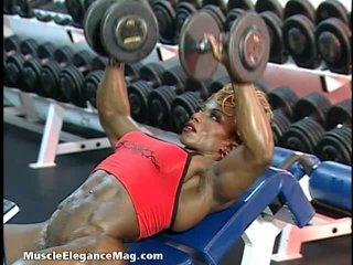 Desiree Ellis 05 – Female Bodybuilder