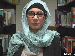 Mia khalifa fucked 4