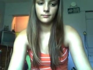 Young Russian Cutie Naked on Webcam –