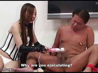 Japanese Femdom Risa CFNM and Facesitting