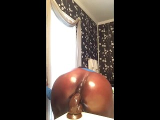 RIDING DICK LIKE A SOLDIER – Creamy Ebony Wet Fat Oiled Ass Pretty Pussy
