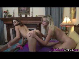 amateur lesbians tribbing