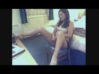 Pee Tease from Sexy Cam Girl Yes Please