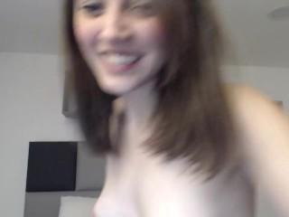 Cute slut is so horny