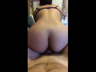 ass shaking reverse cowgirl