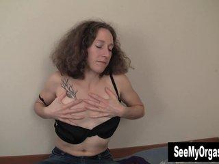 Horny Nina Masturbating