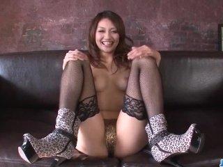 Riina Fujimoto, busty woman, craves for a