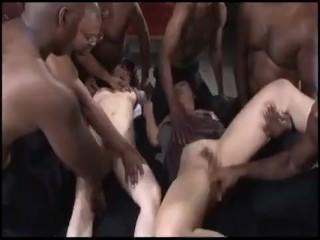 japas atacadas por negoes euamonudes