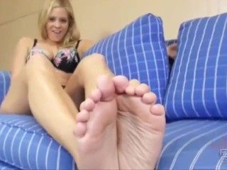 Trash Talking Blonde Soles JOI with countdown