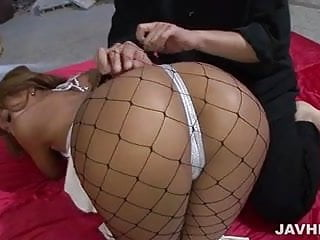 Awesome tanned babe Kyoko banged in her shaved pussy