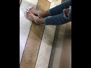 Candid Teen Feet and Toes at University!