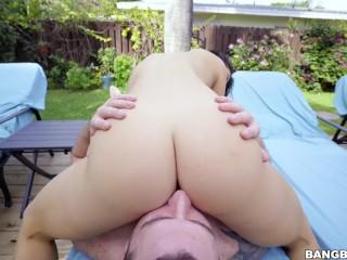 Eva lovia quiere ser penetrada lo antes posible!!! Big ass.